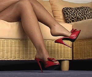 Category: high heels animated GIFs