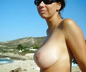 Category: side boobs